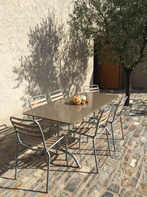 Minimal Design Designmöbel Und Einrichtungen Möbel Tische