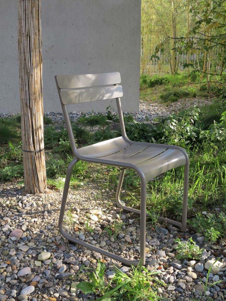 Minimal design designm bel und einrichtungen parkstuhl for Stuhl design entwicklung